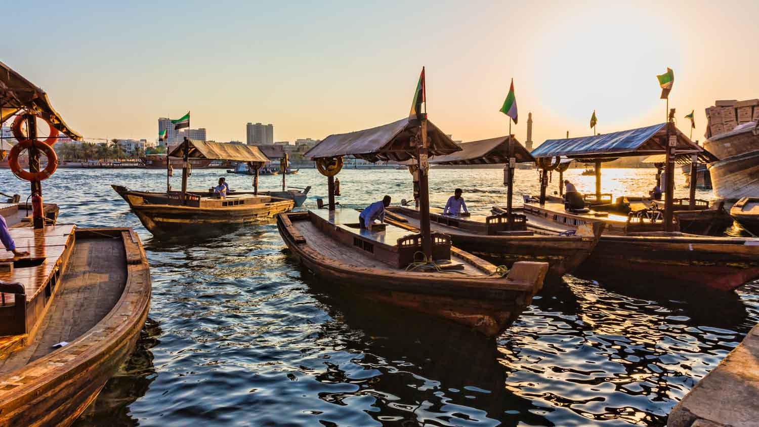 Abra Ride along the Dubai Golf & Yacht Club Excluding Transfers