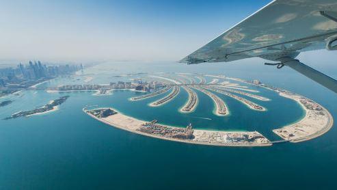 Dubai Trio with Sea